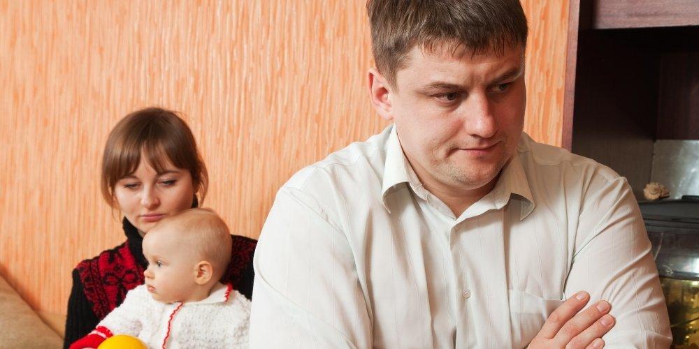 Ззнакомства с женщиной с ребенком знакомства харьков с номерами без регистрации